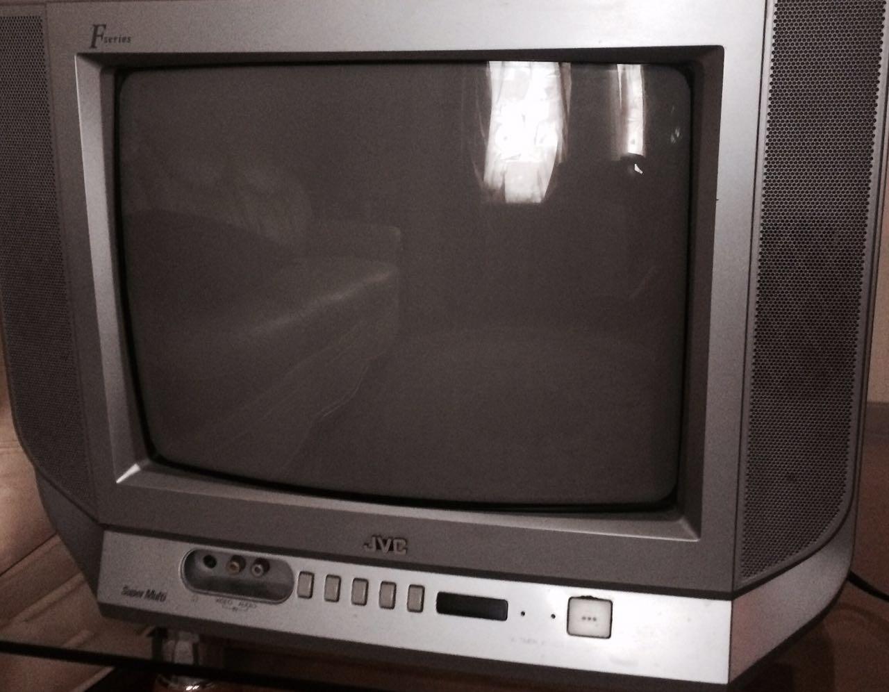 Продать jvc телевизор ломбард часы стоимость победа