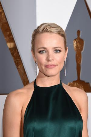 rachel-mcadams-academy-awards-red-carpet-oscars-2016-6-compressed.jpg